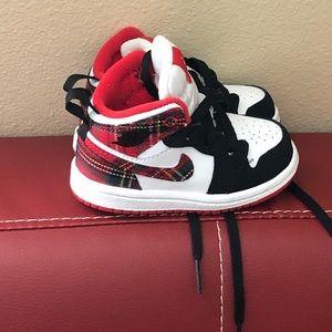 Size 5 toddler Nike